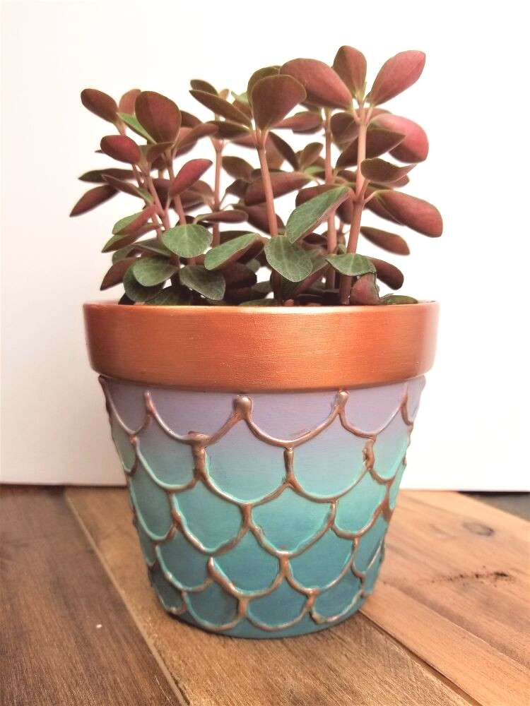 Learn how to make your own DIY mermaid flower pots with Texture Powder, Metallic Cream, and All-in-